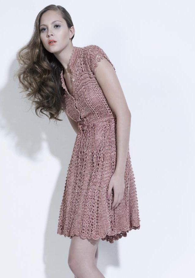 Стильные вязаные платья крючком от Ванессы Монторо и Джованны Диас. . Стоит отметить, что мастер работает с пряжей