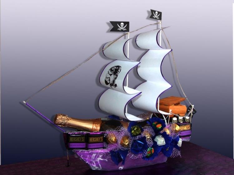"""Все фотографии по: """"Пиратский Корабль Из Конфет"""" / sopics.ru"""
