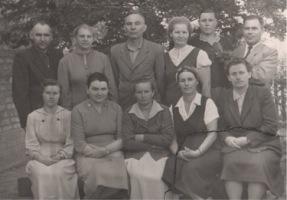 Перший педагогічний колектив Зорянської школи