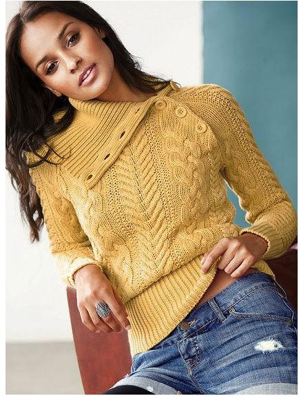 Трикотажные свитера не только приятны на ощупь. Это комфортная и модная одежда для холодной погоды