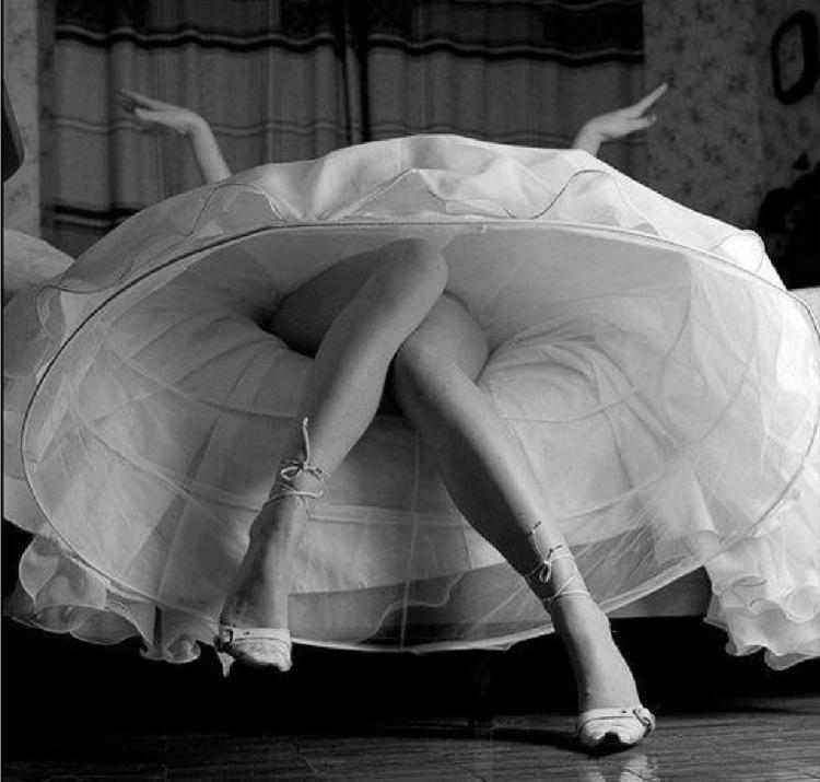 Сладкие ноги девушек 4 фотография