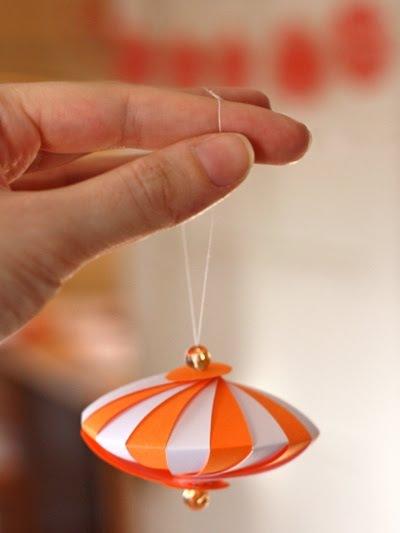 МК -Новогодний фонарик из бумаги