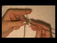 Видеоурок вязания крючком шнур-гусенички.  Нравится.  Для Вас посмотреть ролик Шнур гусеничка.