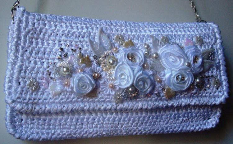 Вязанные сумки и вышивка из