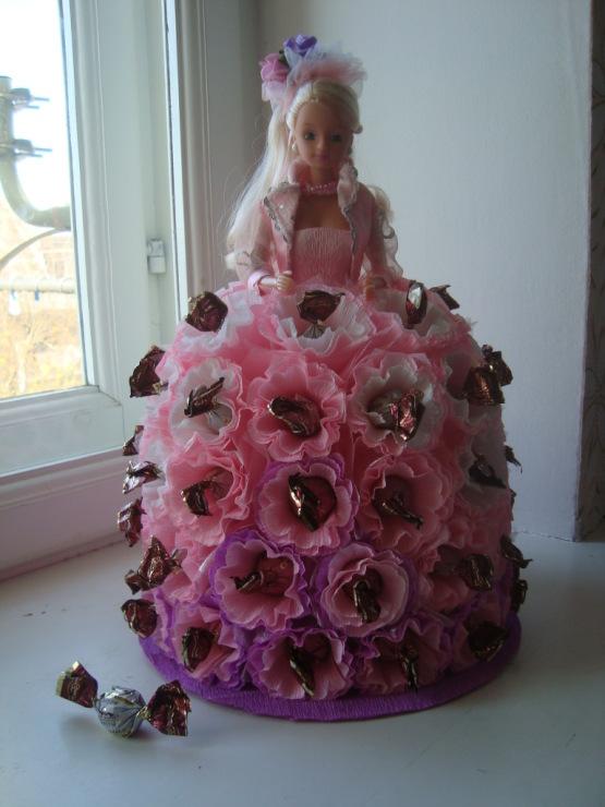 Куклы из конфет своими руками пошаговые фото